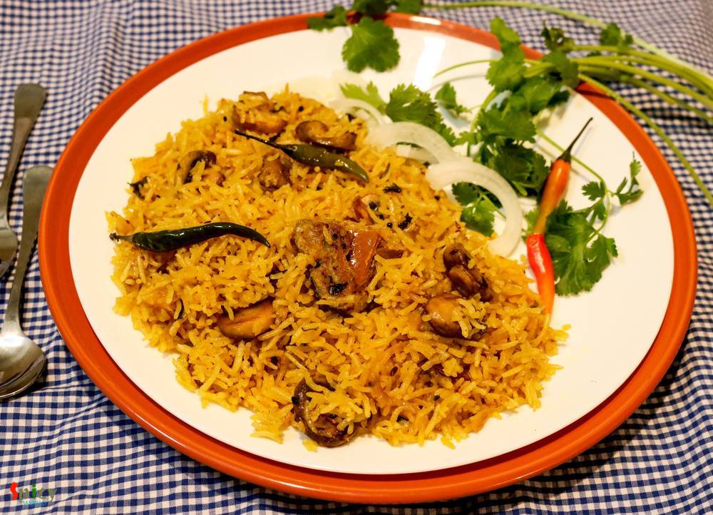 Achaari Pulao  / Pickled Rice Pilaf
