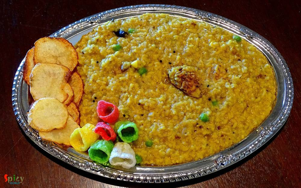 Achari Khichuri / Pickled Khichdi