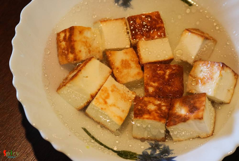 Cooking Step: Chanar Dalna / Aloo Paneer curry