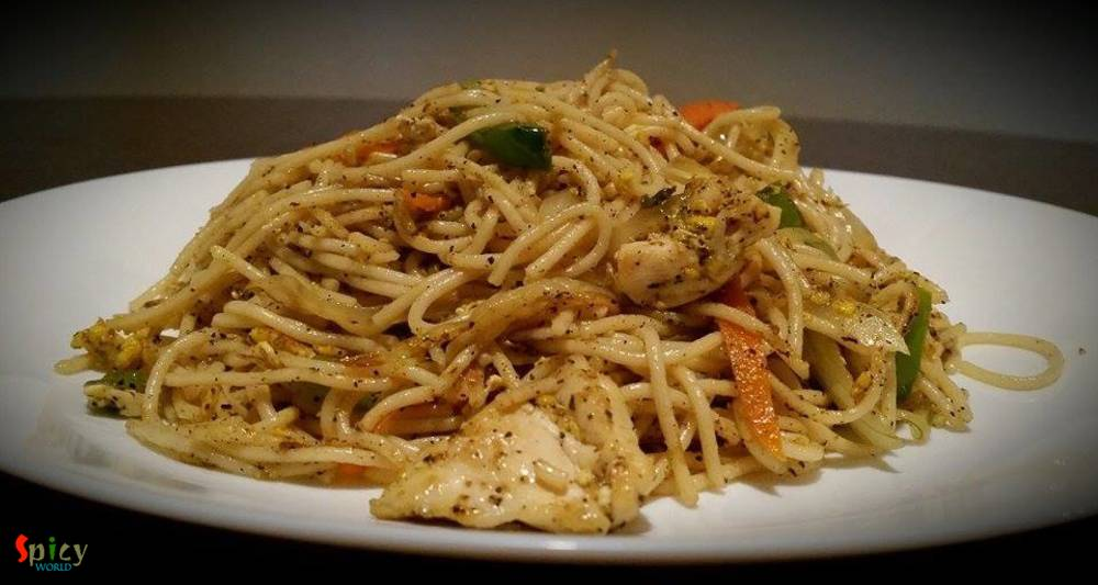 Egg Chicken Chowmein