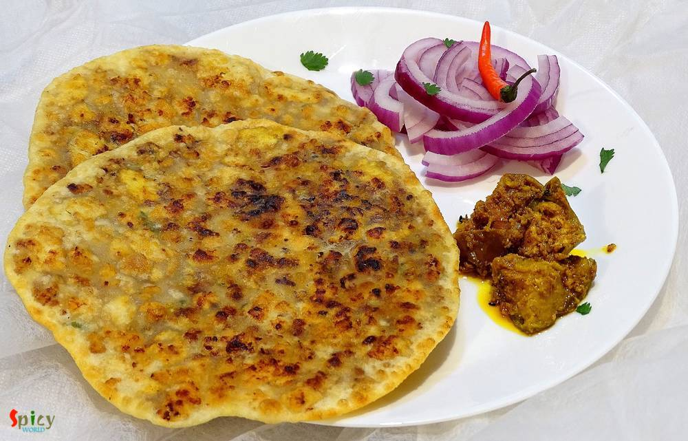 Chicken Keema Paratha / Stuffed Flat bread with minced Chicken