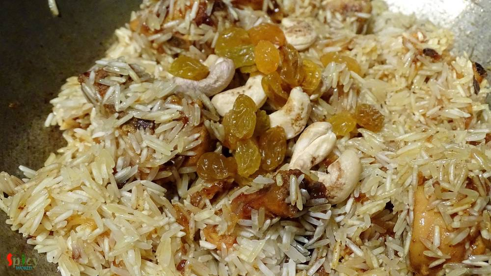 Cooking Step: Chicken Pulao / Murg Pulao