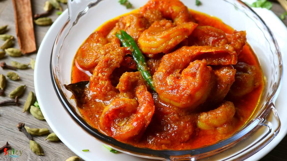 Chingri Macher Malai Curry / Prawn curry with Coconut Milk