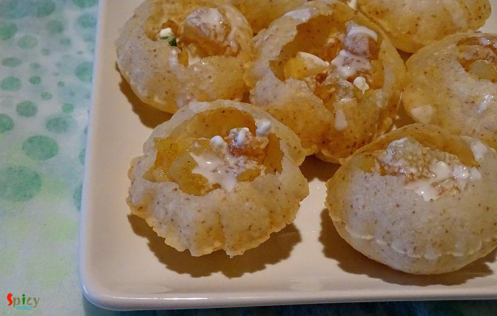 Cooking Step: Doi phuchka / Dahi puri Chaat