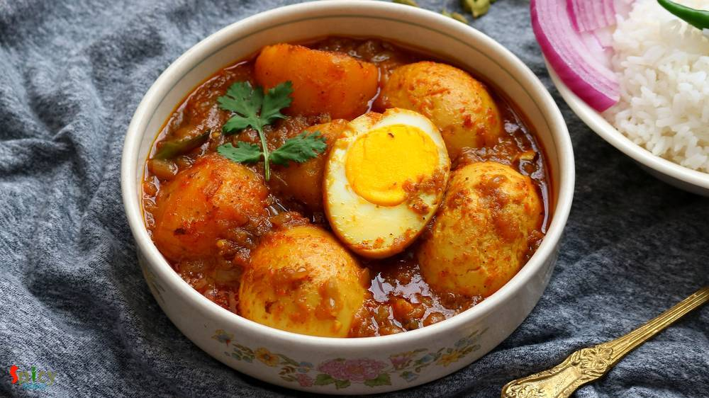 Dimer Dalna  / Egg & Potato curry