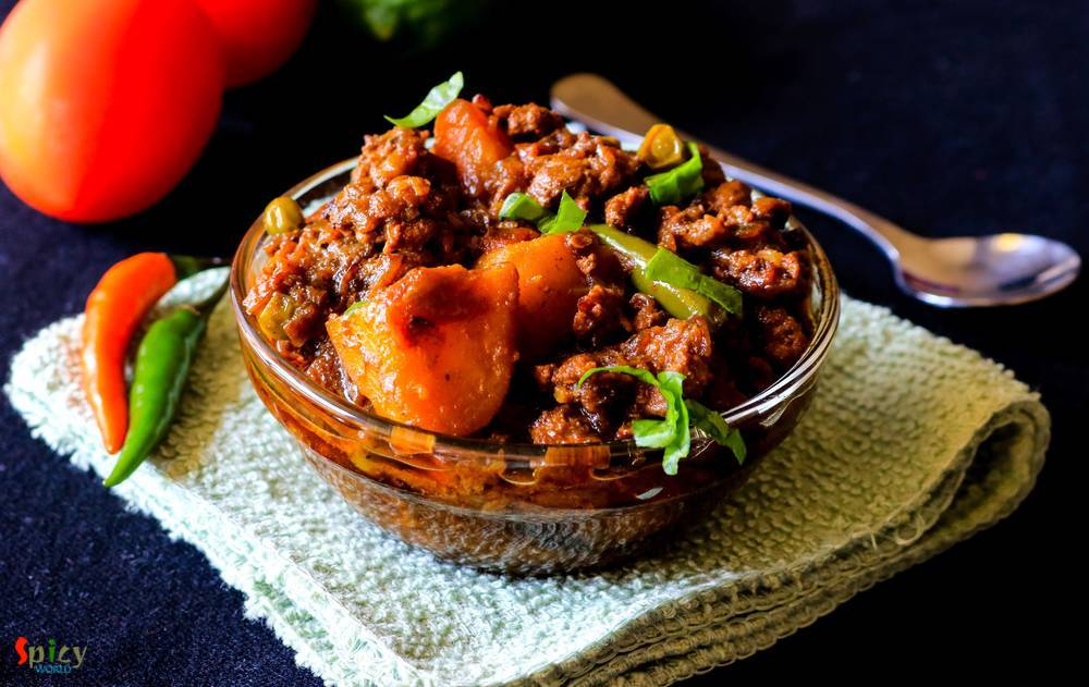 Keema Aloo / Minced Mutton Curry with Potatoes