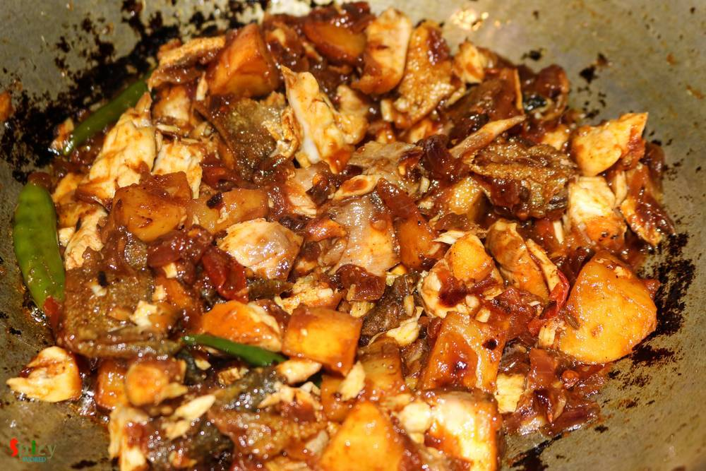 Cooking Step: Maacher Jhuri / Crumbled Fish curry