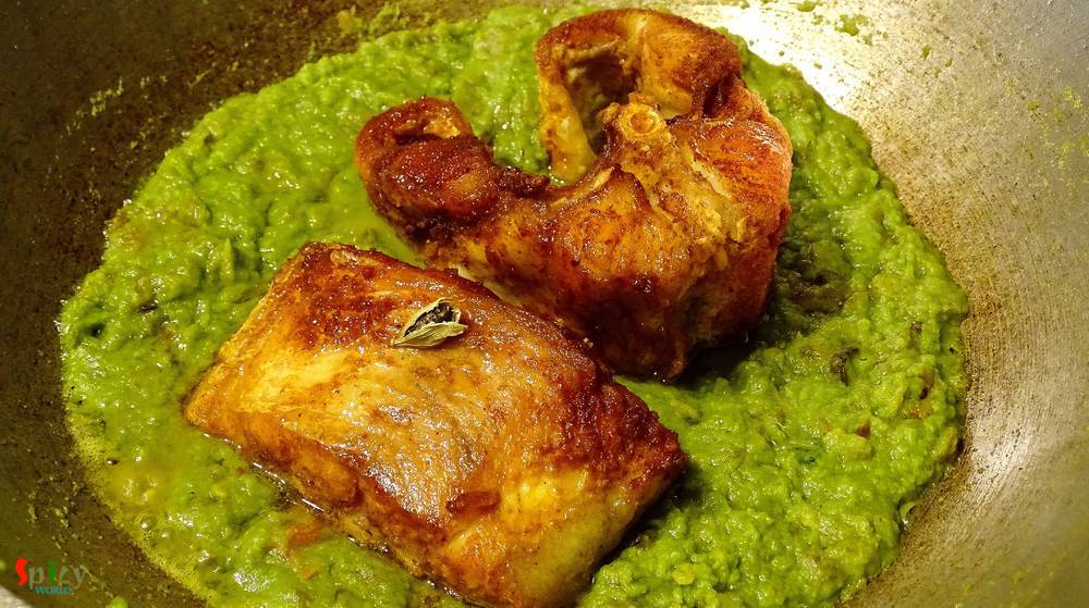 Cooking Step: Fish curry with green Peas paste / Macher Sobuj Bhuna / Koraishuti bata diye Macher Kaliya
