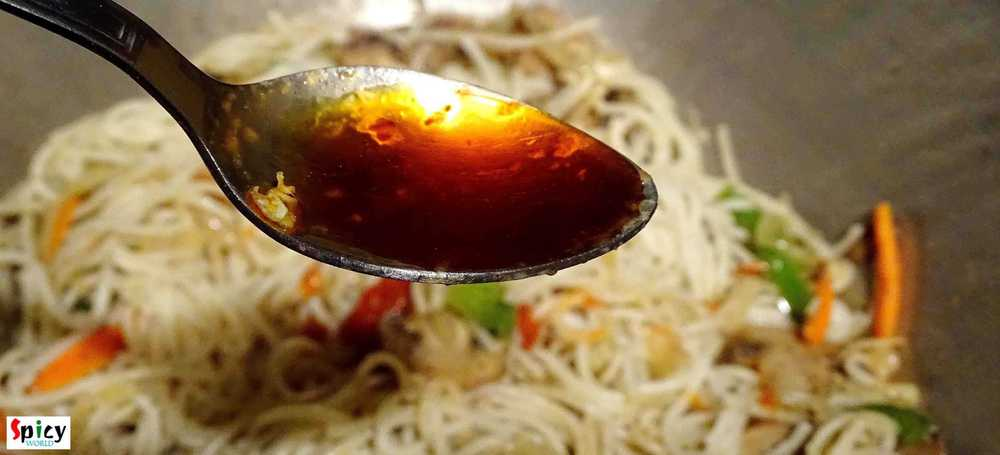 Cooking Step: Mix Hakka Noodles / Mix Chowmin
