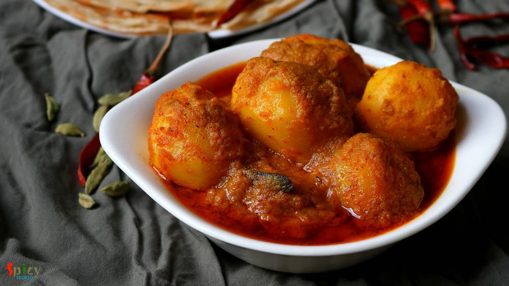 Niramish aloor dom / Dum Aloo without Onion & Garlic