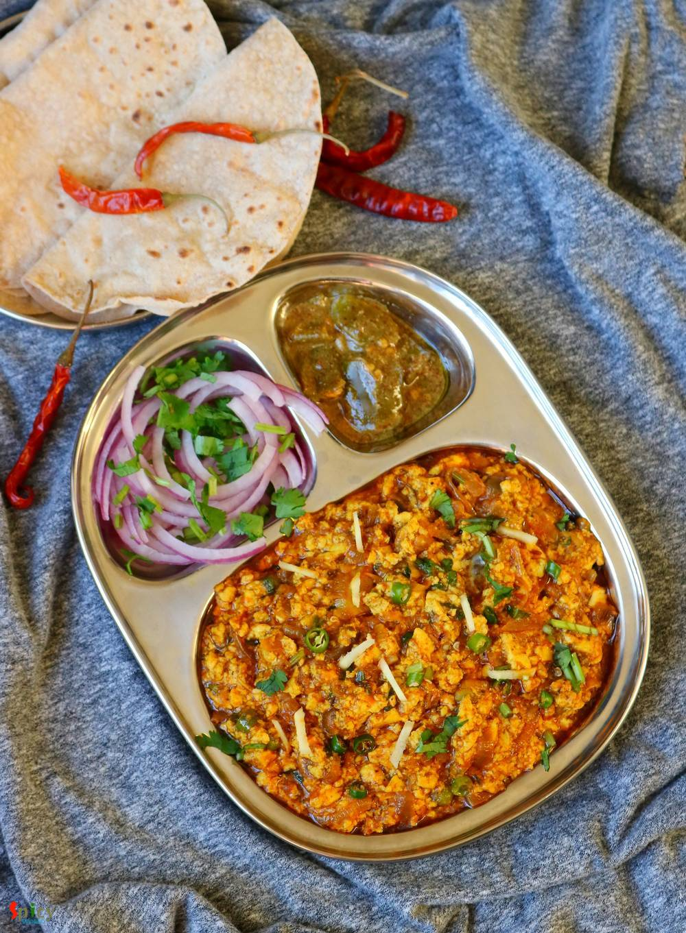 Paneer Bhurji Gravy / Crumbled Cottage Cheese Curry