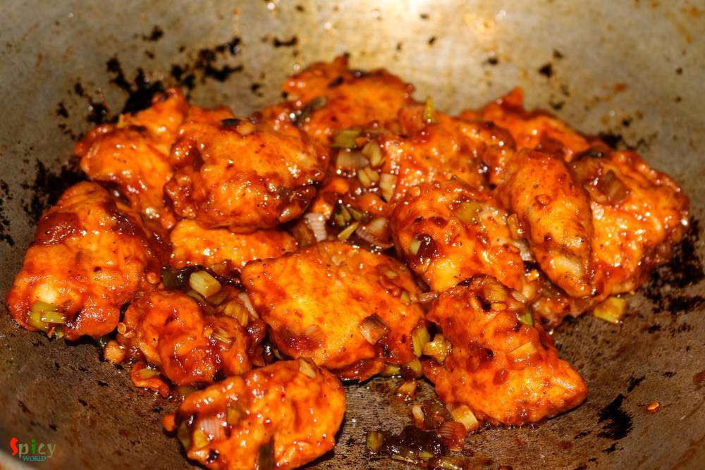 Cooking Step: Sweet and Spicy Chicken Bites